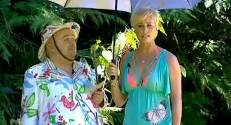 Sonja konnte im Laufe der Staffel das Gerücht widerlegen,  kleinere Brüste als Dirk Bach zu haben | Bild © Clipfish.de